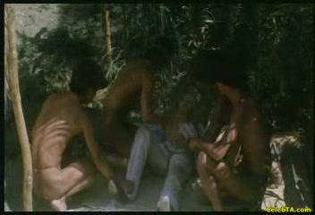 порно в плену у талибов эротическая коллекция гея