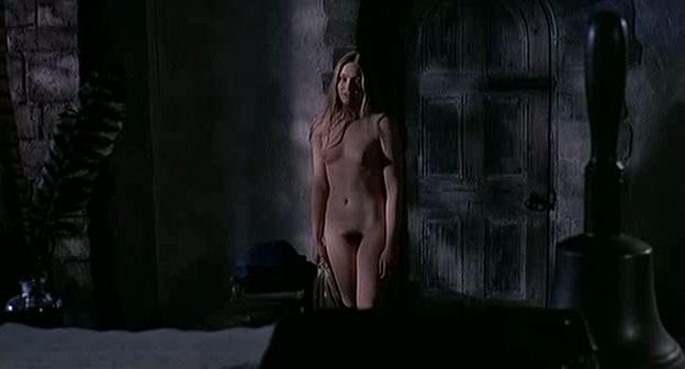 linda-hayden-topless-nn-teens-gif