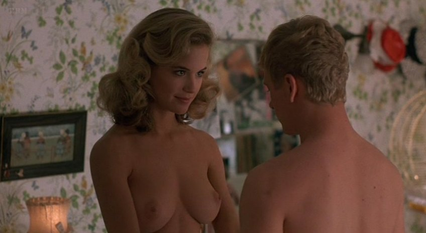 nude-pictures-of-kelly-preston