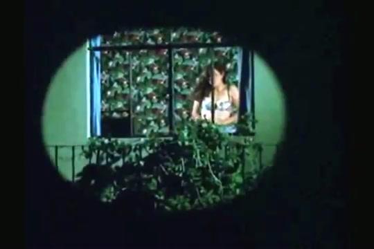 Anoche soñé contigo (1992) clip 1 / Watch