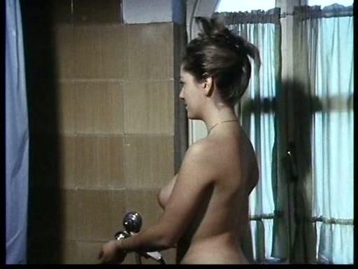 Sexy naked muscular women