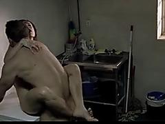 Andreaskorset sexy scene